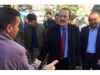 Vali Pehlivan Yazyurdu Köyü'nde vatandaşla bir araya geldi
