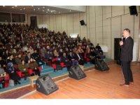 """Ağrı'da """"2023 Yılı Türkiye Eğitim Vizyon Belgesi"""" konferansı"""