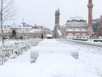Sivas'ta taşımalı eğitime kar engeli