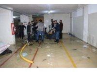 300 kişinin çalıştığı tekstil fabrikasını su bastı