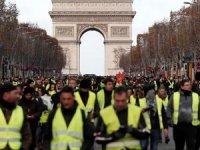 Sarı Yelekler: Saldırıyı Fransa yönetimi organize etti