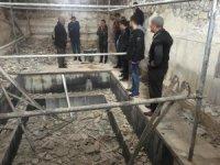 Çermik'te tarihi hamamlarda restorasyon başladı