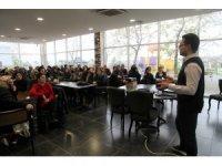 """Başiskele'de """"Kadın Sağlığı, Erken Tanı ve Tedavi"""" semineri gerçekleştirildi"""