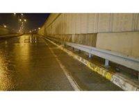 Düzce'de ana su borusu patladı D-100 trafiğe kapandı