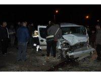 Yüksekova'da trafik kazası; 1 yaralı