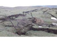 Aynı köyde 1 yıl arayla ikinci toprak kayması