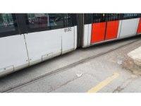 Kazaya karışan tramvay vagonları tek tek çekildi