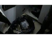 Kartal'da tekel bayisine uyuşturucu baskını