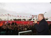 """Cumhurbaşkanı Erdoğan: """"FETÖ'cülere bu meydanların dar ettiysek, yine dar ederiz"""""""