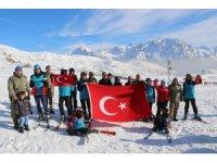 Hakkari'de 'dağ evi ve kayak sezonu' açılışı