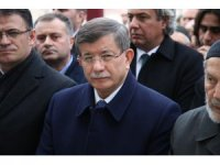 Davutoğlu, Tokat'ta cenaze törenine katıldı