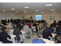 DÜ Adalet Meslek Yüksekoukul'nda 'kariyer' konferansı düzenlendi