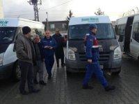 Jandarma ekipleri servis araçlarını denetledi