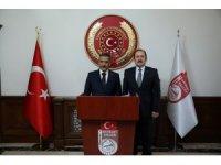 Eski İçişleri Bakanı Ülkü Güney ile Samsun Valisi Osman Kaymak Vali Ali Hamza Pehlivan'ı ziyaret etti
