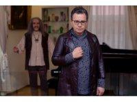 Rockçı başhekim Tayfun Hancılar'dan Barış Manço şarkısı