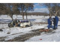 Uşak'ta tren minibüse çarptı: 1 yaralı
