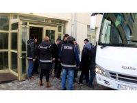 Uşak merkezli operasyonda FETÖ'nün 'Eşme imamı' yakalandı