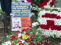 Münir Özkul mezarı başında anılacak
