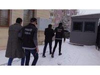 Uşak'ta eroin operasyonu: 2 şahıs yakalandı
