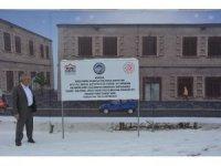 Tercan'da Bayan Kültür Evi yapılıyor