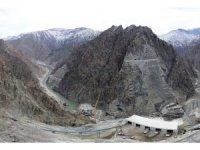 Yusufeli barajında gövde dolgu çalışmaları devam ediyor