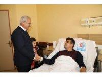 Başkan Başsoy'dan hasta ziyareti