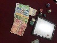 Kuşadası'nda kıraathaneye kumar baskını