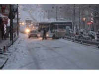Nevşehir'de yoğun kar yağışı başladı