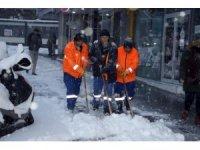 Nevşehir Belediyesi karla mücadelesini sürdürüyor
