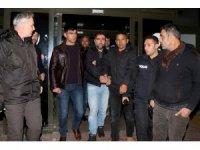 Jandarma ve polisin ortak düzenlediği operasyonda 3 cezaevi firarisi yakalandı