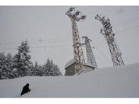 Metrelerce karda arızalara koşuyorlar