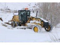 Sivas'ta 372 köy yolu araç ulaşımına kapalı