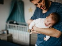 Çocuklarda ve bebeklerde karın ağrısı neden olur?