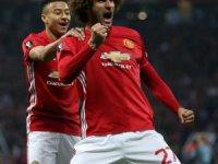 Manchester United'da Fellaini şoku
