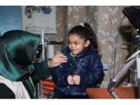 Suriyeli küçük kız, ilk defa duydu