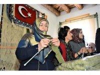 Mehmetçik'e 'anne sıcaklığında' destek