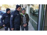 İnşaattan hırsızlık zanlısı polise teslim oldu