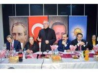AK Parti'li milletvekilleri kanaat önderleri ile bir araya geldi