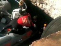 İBB İtfaiyesinden zodyak botlu kedi kurtarma operasyonu