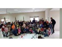 Gerenköylü çocuklar kitaplar ile şenlendi