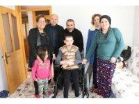 Manisa'da 5 aileye akülü araba desteği