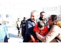Seyhan Belediyesi'nden çocuklara karne hediyesi