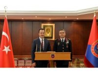 Vali Şentürk'ten Tugay Komutanlığı'na ziyaret
