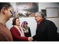 Murat Aydın'ın Kanlıca'daki seçim irtibat bürosu ziyaretinde renkli görüntüler oluştu