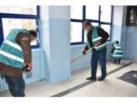 Kırıkkale'de mahkumlar okullar için çalışıyor