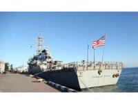 ABD savaş gemisi Batum'a demir attı