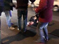 Maltepe'de işe gitmeye çalışan belediye işçisine otomobil çarptı