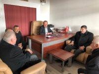 İYİ Partili Parlak, ziyaretlerini sürüdüyor
