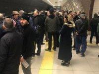 Teknik arıza metro seferlerini aksattı