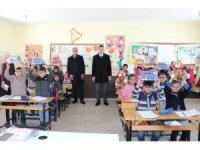 Saray Kaymakamı Aydın'ın okul ziyaretleri